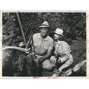 1967 Press Photo Robert Mitchum & elsa Martinelli Star In Rampage - RSH98463
