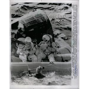 1965 Press Photo Atlantic Astronauts James Frank Raft - RRW94297