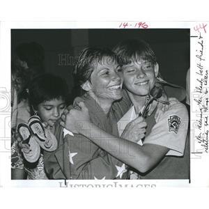 1985 Press Photo Diane Urbanus Wins Kevin Walker In TaeKwonDo Match-Black Belt