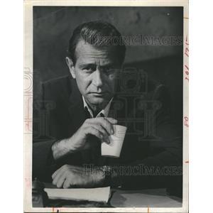 1968 Press Photo Darren McGavin Actor Outsider Television Series Show