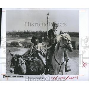 Press Photo Frank Finlay and Rex Harrison star in The Adventures of Don Quixote