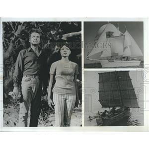 "1967 Press Photo Richard Greene in ""Island of the Lost"""