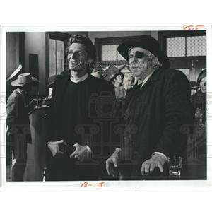 "1974 Press Photo Marjoe Gortner & Slim Pickens""The Gun & the Pulpit"" - RSH98031"