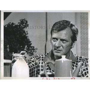 """Press Photo George Grizzard in """"Medical Center"""" - RSH98167"""