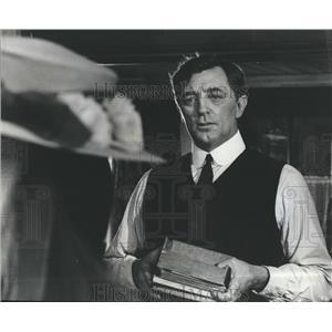 1975 Press Photo Robert Mitchum - RSH98481