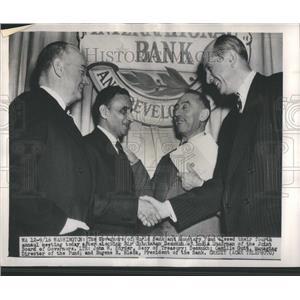 1949 Press Photo Governors Chintaman Desmukh Chairman - RRR82023