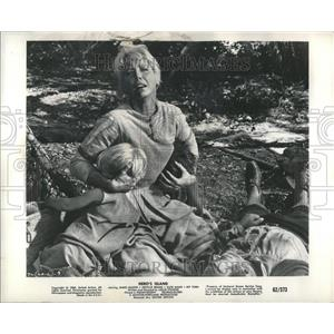 "1963 Press Photo Kate Manx ""Hero's Island"""