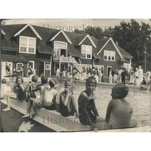 1928 Press Photo Lake Forest Winter Club Pool Swimming - RRR96521