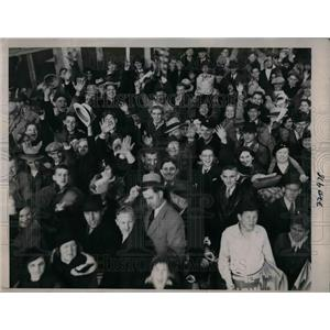 1935 Press Photo Crowds waiting for The World series to start Chicago Cubs Vs. D