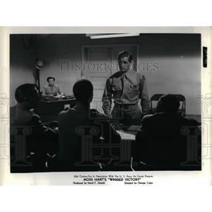 "1944 Press Photo Moss Hart's ""Winged Victory"" - nea15997"