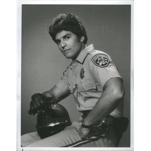 1977 Press Photo Erik Estrada Poncherello CHiPs NBC - RSC81823