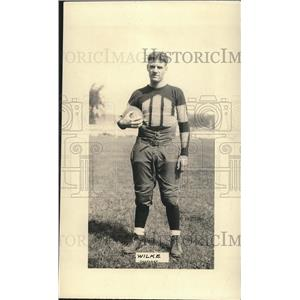 1927 Press Photo Milwaukee Univ football center Wilke