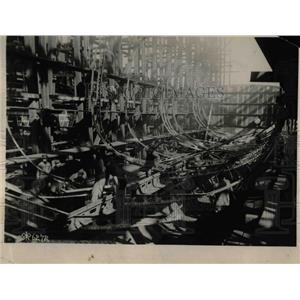 1918 Press Photo U.S. Destroyer Ship Under Construction - nex01662