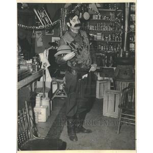 1959 Press Photo Entatiner Darold Kelly Deputy Dan - RRT63549