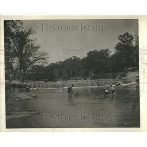 1927 Press PhotoPicnickers Delight Sylvam Beauties Rive - RRT21683