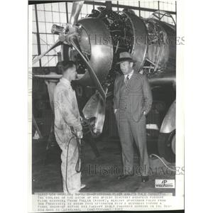 1937 Press Photo Fuller Getting Ready To Fly - RRT68747