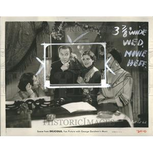 1931 Press Photo Delicious Film Actors Phone Scene - RRT09009