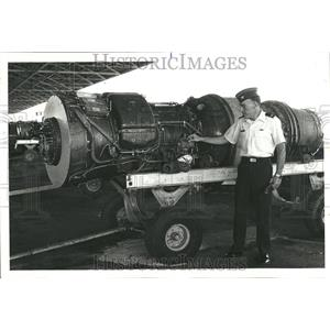 1979 Press Photo Engine Craft Base Commander Joseph - RRT27743