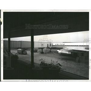 1960 Press Photo United Airlines Terminal NY Airport - RRT93937