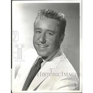1956 Press Photo George Leslie Gobel Actor Comedian - RRT89181