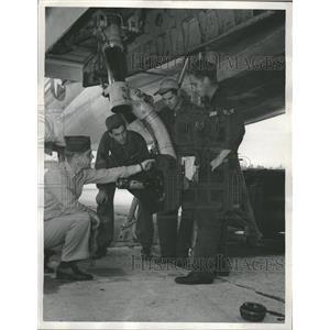 Magazine Cover Boys Group Kerean Airlift Men Carrier - RRT53337
