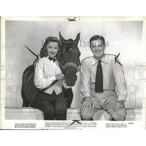 "1946 Press Photo Actors Starring ""The Bride Wore Boots"" - RRT57649"