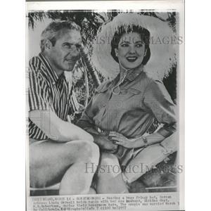 1957 Press Photo Actress Linda Darnell and husband - RRT63009