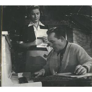 1950 Press Photo BING CROSBY AMERICAN SINGER ACTOR - RRT71973