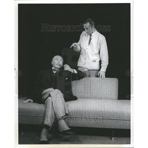1959 Press Photo Hugh Dempster Michael Evans Actor - RRT02891