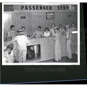 Press Photo 91st Air Terminal unit - RRT14321
