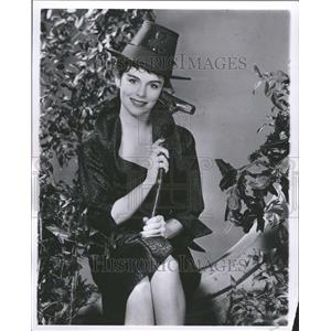 1957 Press Photo Erin O'Brien/Actress/Girl on the Run - RRT17237