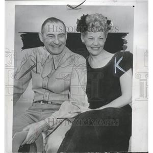 1949 Press Photo June Knight Carl B Squier - RRT83985
