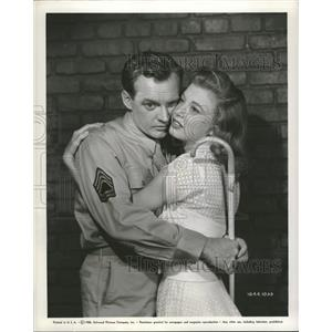 1951 Press Photo Arthur Kennedy Peggy Dow Actor Drama - RRT50917