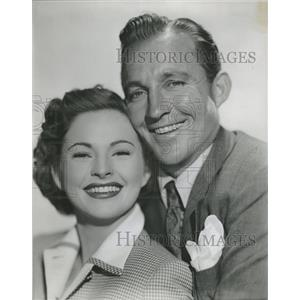 1950 Press Photo Bing Crosby Coleen Gray Riding High - RRT51655