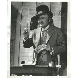 """1969 Press Photo Actor Lew Ayers """"Here Come The Brides"""""""