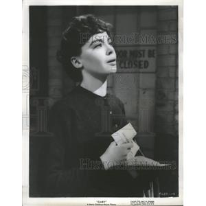 "1957 Press Photo Leslie Caron as ""Gaby"" - RRT66645"