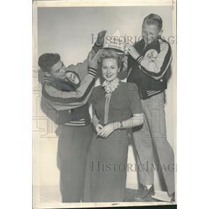 1949 Press Photo Virginia Mayo Crowned Queen Of Denver - RRT61741