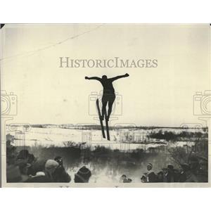 1929 Press Photo Cane Hall Roechester Skater USA