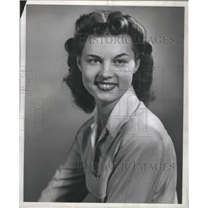 1943 Press Photo Sylvia Stapleton Australian Actress - RRS39251