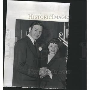 1946 Press Photo John Sutton Actor and Wife - RRS47835