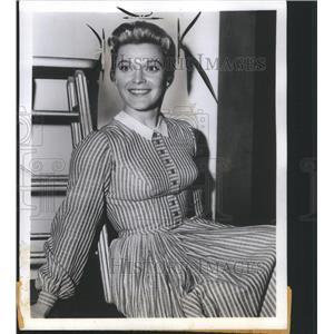 1958 Press Photo Gail Kobe Actress - RRS34895