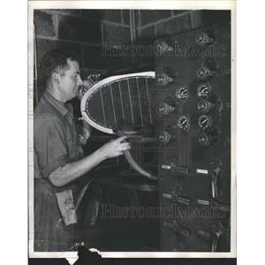 1948 Press Photo Lockheed shop oil radiator airplane - RRS31285