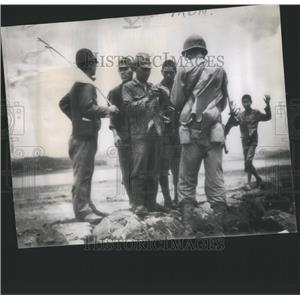 1945 Press Photo Japanese Soldiers - RRS76953