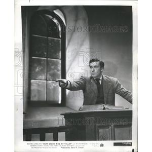 1942 Press Photo Walter Pidgeon - RRS38475