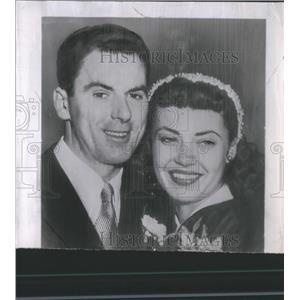 1952 Press Photo Actors Betta St. John and Peter Grant - RRS82105
