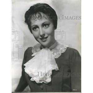 1956 Press Photo Luise Rainer Film Actress German Award - RRS49411