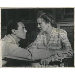 1959 Press Photo Harold Clurman Elka Wauter Pried - RRS17531