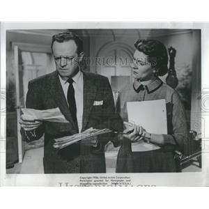 1956 Press Photo Van Heflen and Elizabeth Wilson - RRS20543