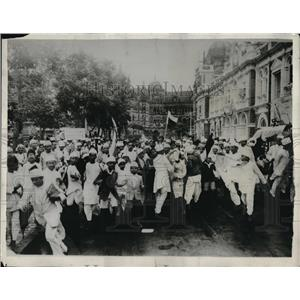 1930 Press Photo Crowd of People