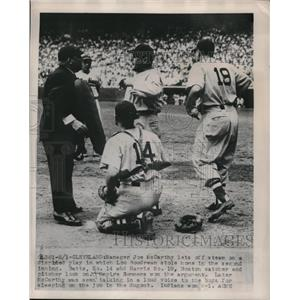 1948 Press Photo Manager Joe McCarthy of Red Sox Disputes Play to Umpire Summers